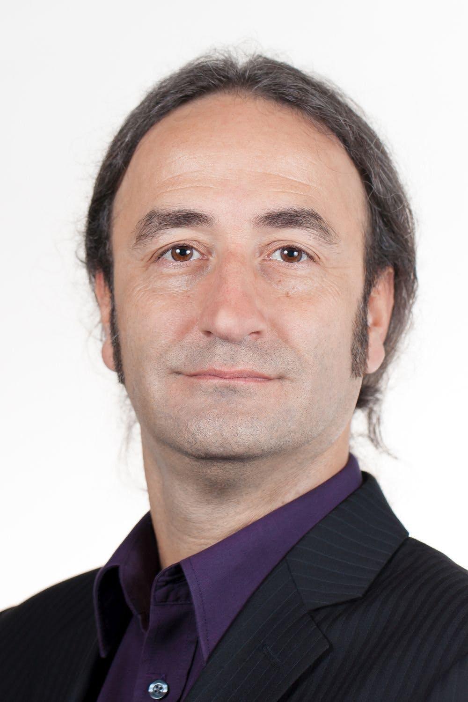 Experte Yüksel Tiryaki von All for One Steeb