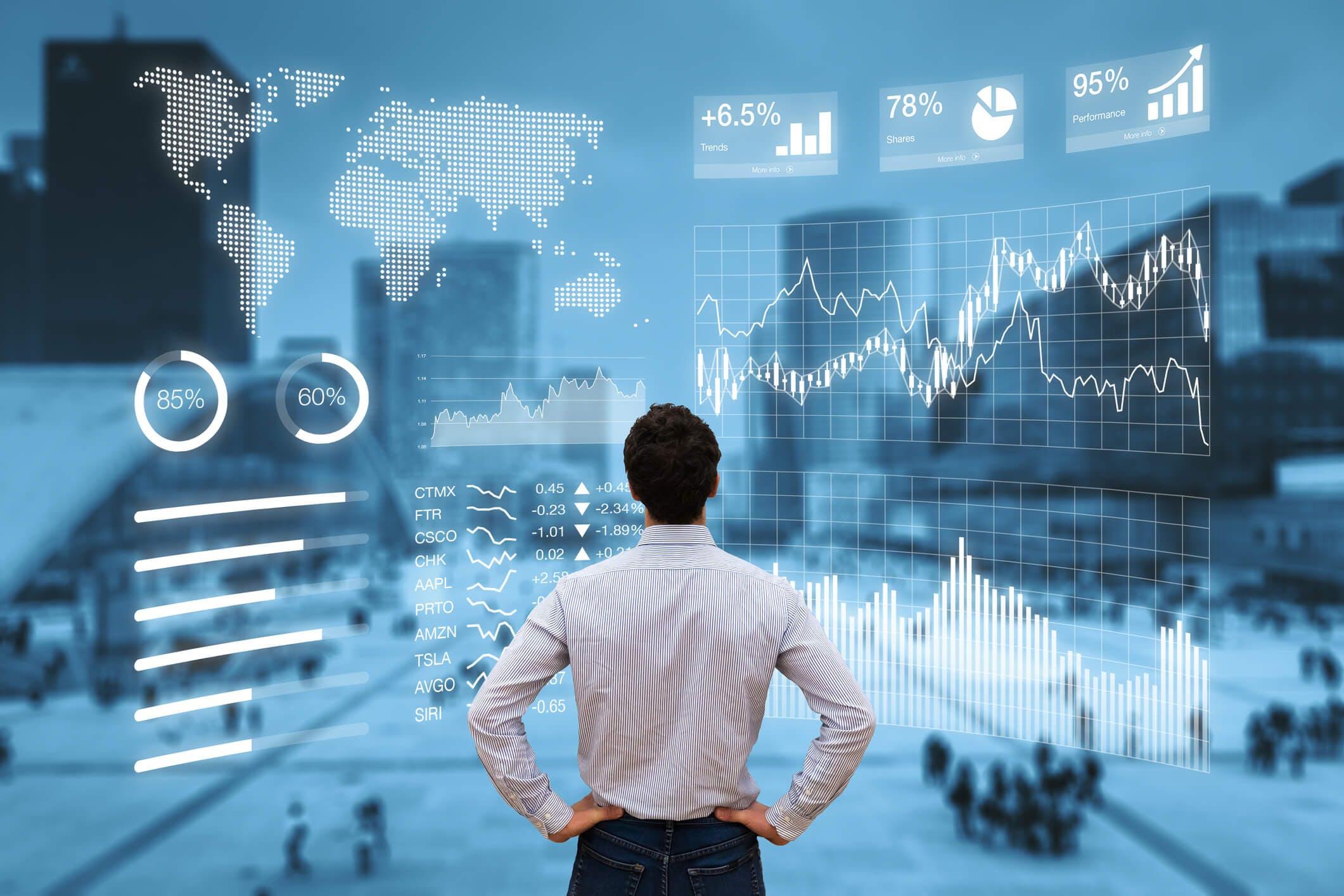 Titelbild-Mann-Börse-Zahlen-Statistik-Screen-iStock-660952912-NicoElNino